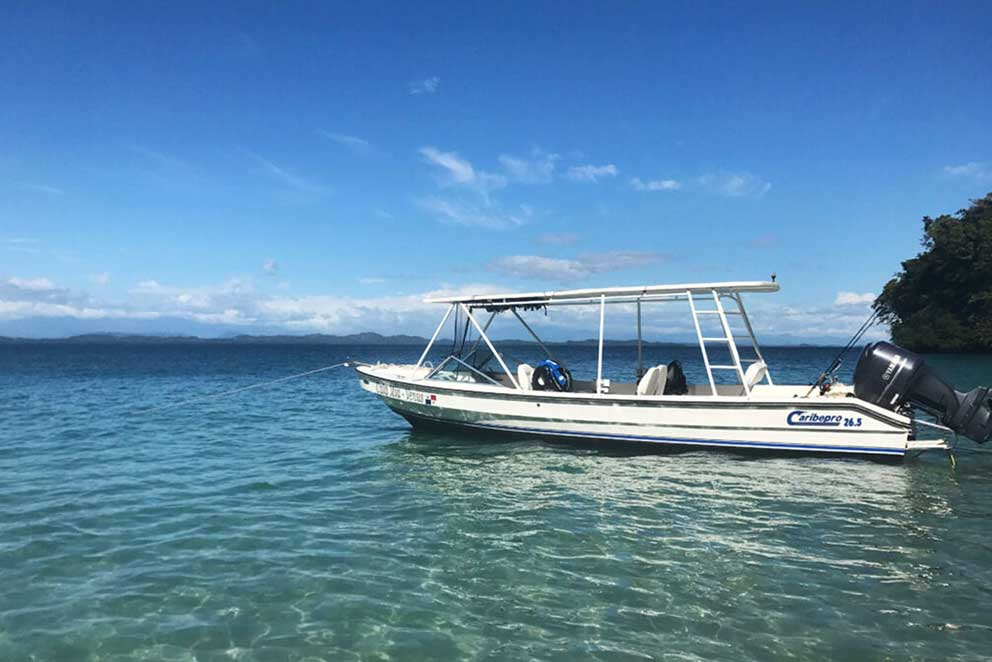Panama Inshore Diving Boat